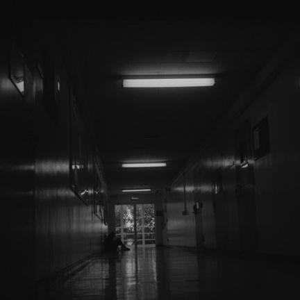 Black and White, Hallway